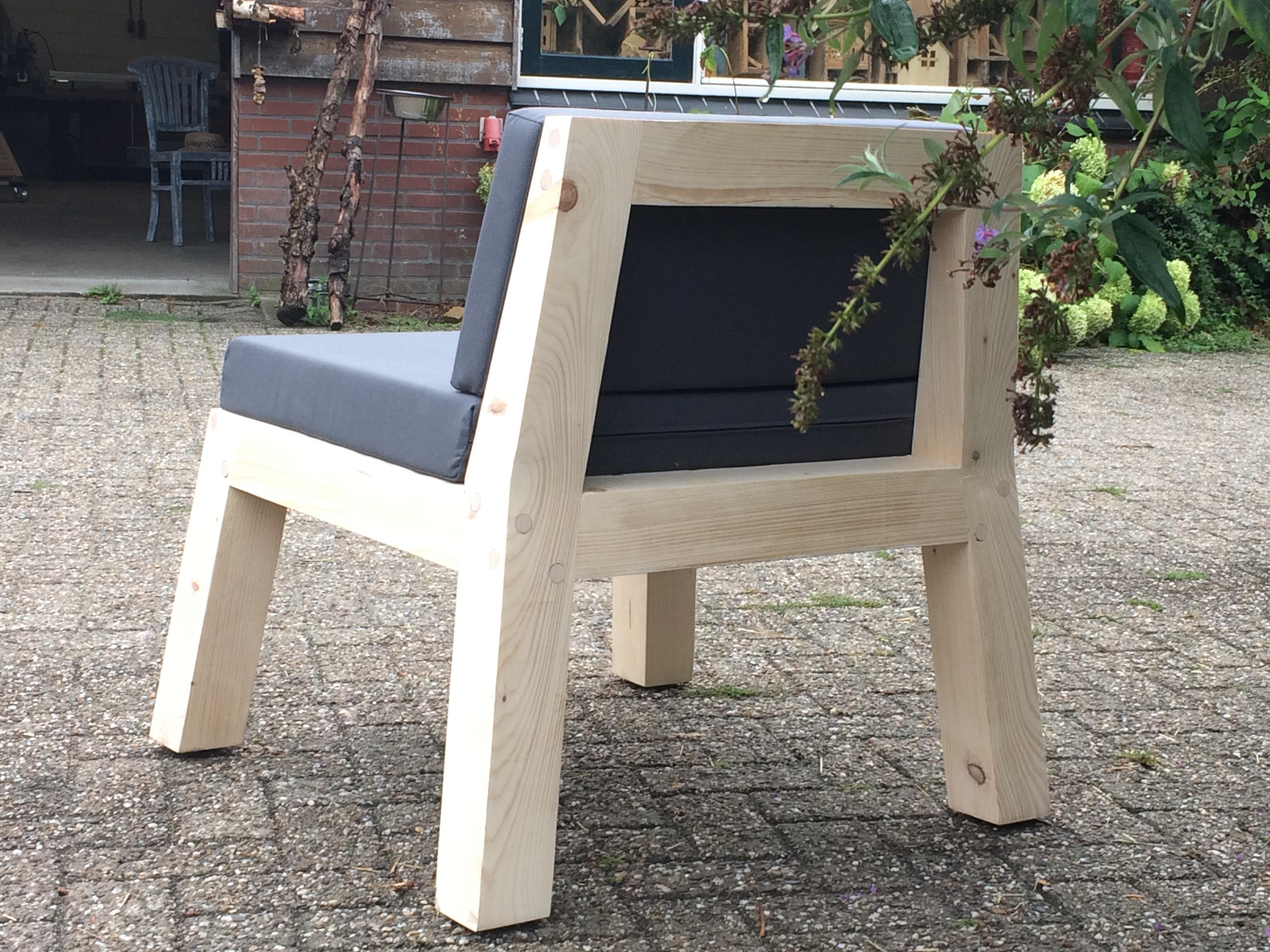 Kussens Voor Stoelen : Tafels en stoelen ahadesign